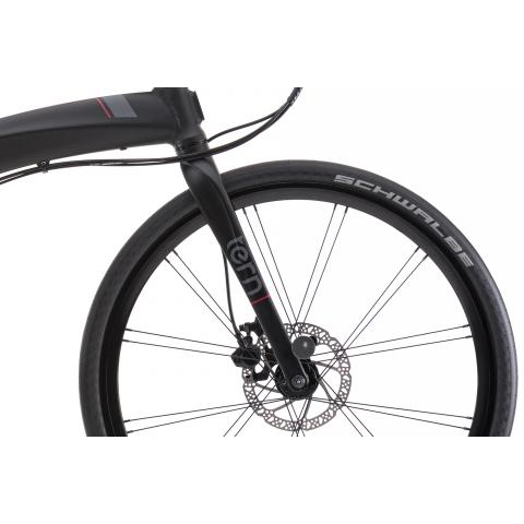 Tern Eclipse P20 utilizes a single hydroformed tube mated to a precision-machined steerer.