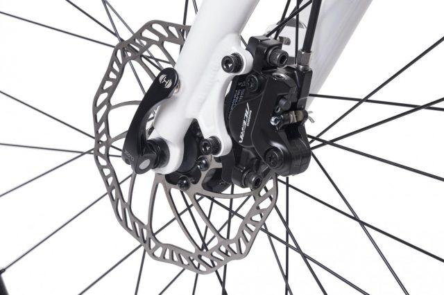 Tern Verge X11 uses hydraulic discs and premium wheels.